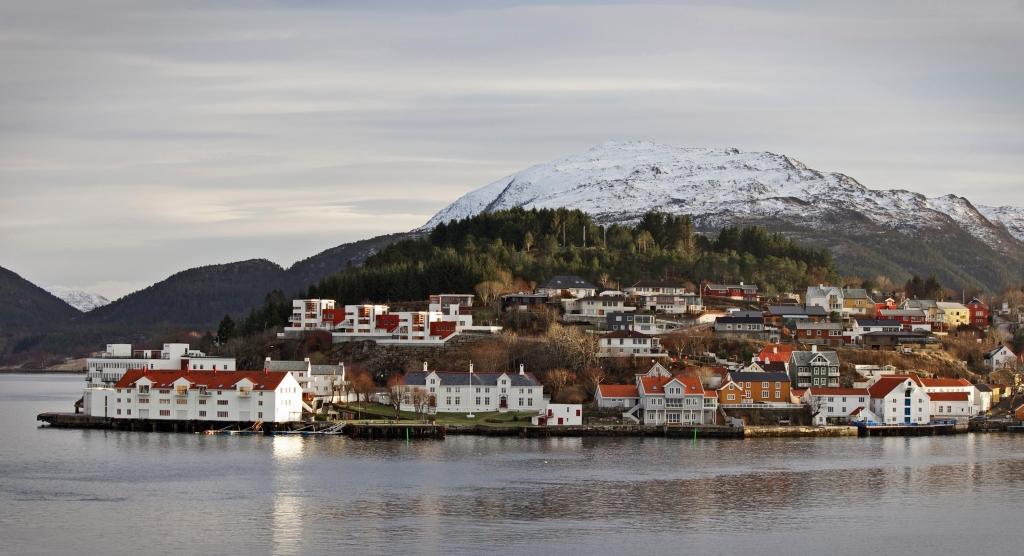 Hurtigruten Cruise via Norway in a Nutshell. Great fun if you enjoy seasickness. Canon T3i